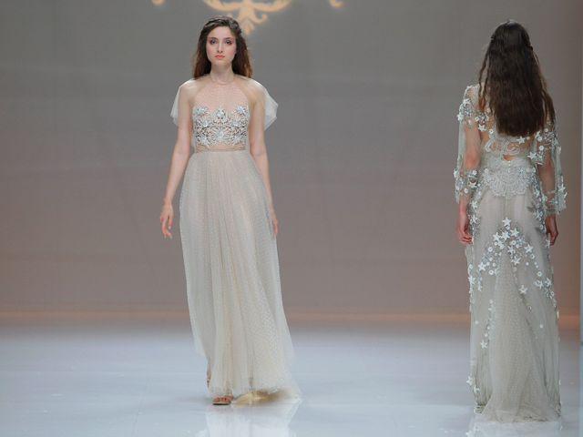 Vestidos de novia con color 2019
