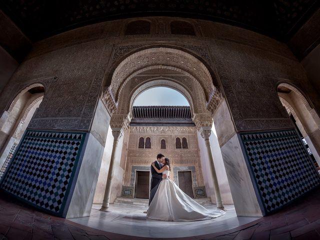 """La boda de Javier y Carmen: un romántico """"sí, quiero"""" en la bella Granada"""