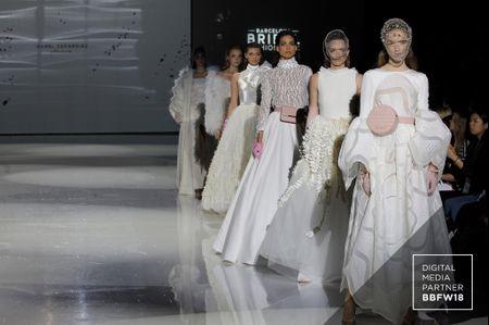 Vestidos de novia Isabel Zapardiez 2019: Touché-Directo al corazón