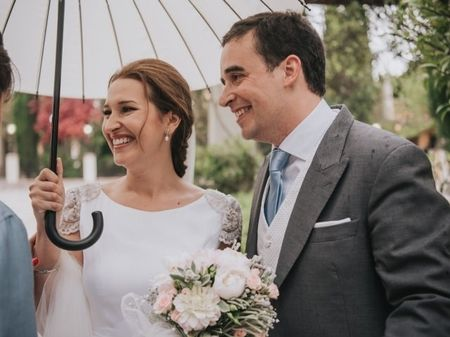 La boda de Sara y Carlos: todo empezó en un tren