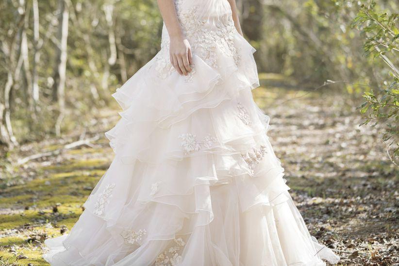 Vestidos de novia con volantes de rosa clara