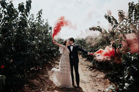 """Neus y Hugo: una verbena de amor, luz y color como """"sí, quiero"""""""