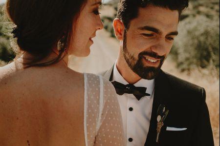 La boda de C�sar y Aroha: magia y romanticismo en un escenario r�stico