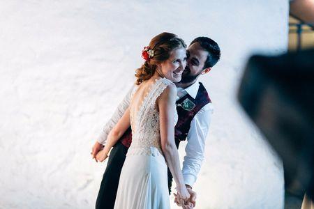 La boda de Emiliano y Sara: de una simple llamada nació una historia de amor única