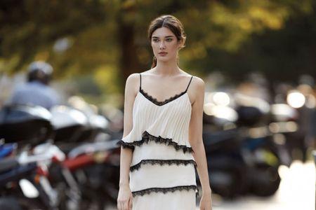 Vestidos de fiesta y cocktail Carla Ruiz 2018: actualidad y elegancia
