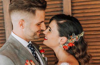 Mari y Manu: comprometidos bajo la Torre Eiffel y casados en su tierra