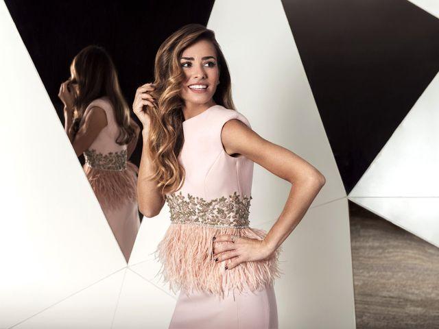 Vestidos de fiesta Cristina Tamborero 2018: sensibilidad y elegancia femenina