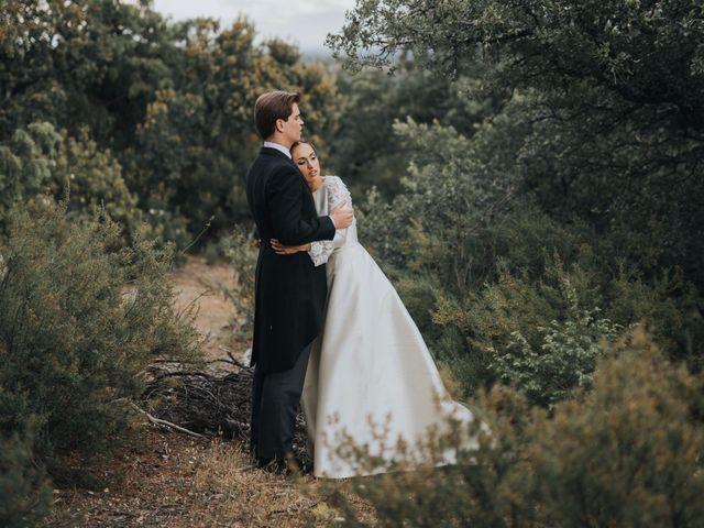 La boda de Alfonso y María: un amor forjado desde la distancia