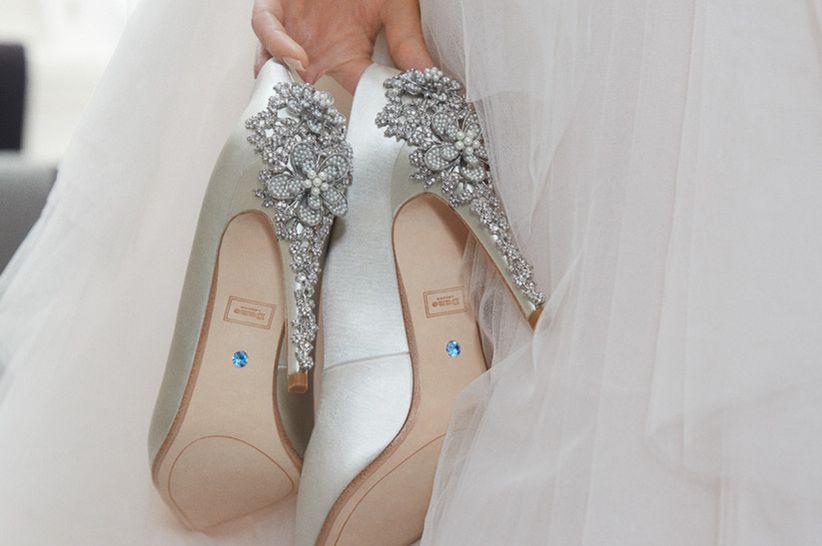 41588499969 Descubre las nuevas tendencias en zapatos de novia 2019!