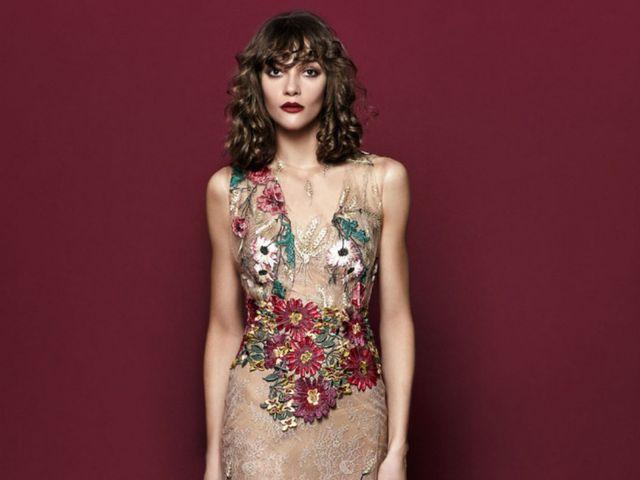 db1c7e482 Vestidos de fiesta 2018 ¡con flores!: más de 80 looks para invitadas  románticas