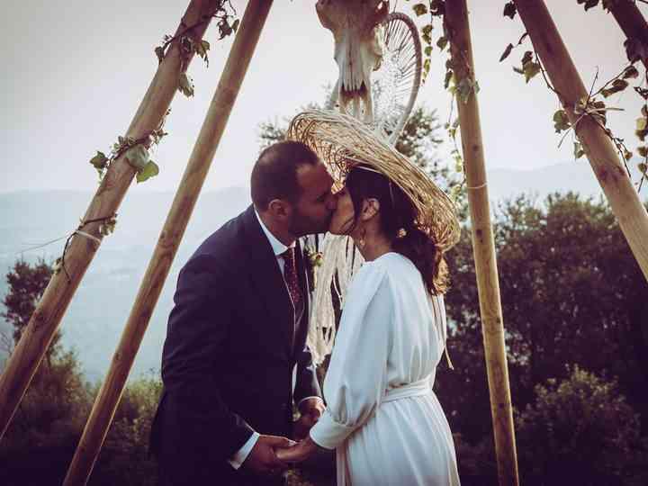 """Amoriños wedding: el """"sí, quiero"""" de inspiración apache de Martina y Pepe"""