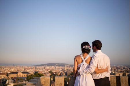 """La boda de Carolina y Marc: un """"sí, quiero"""" con Barcelona como telón de fondo"""