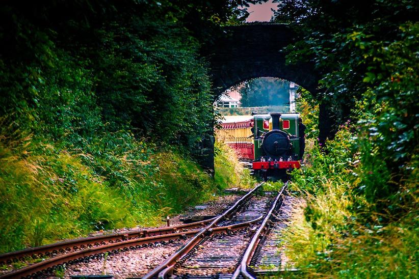 Luna de miel o viaje a la isla de Man, tren de vapor