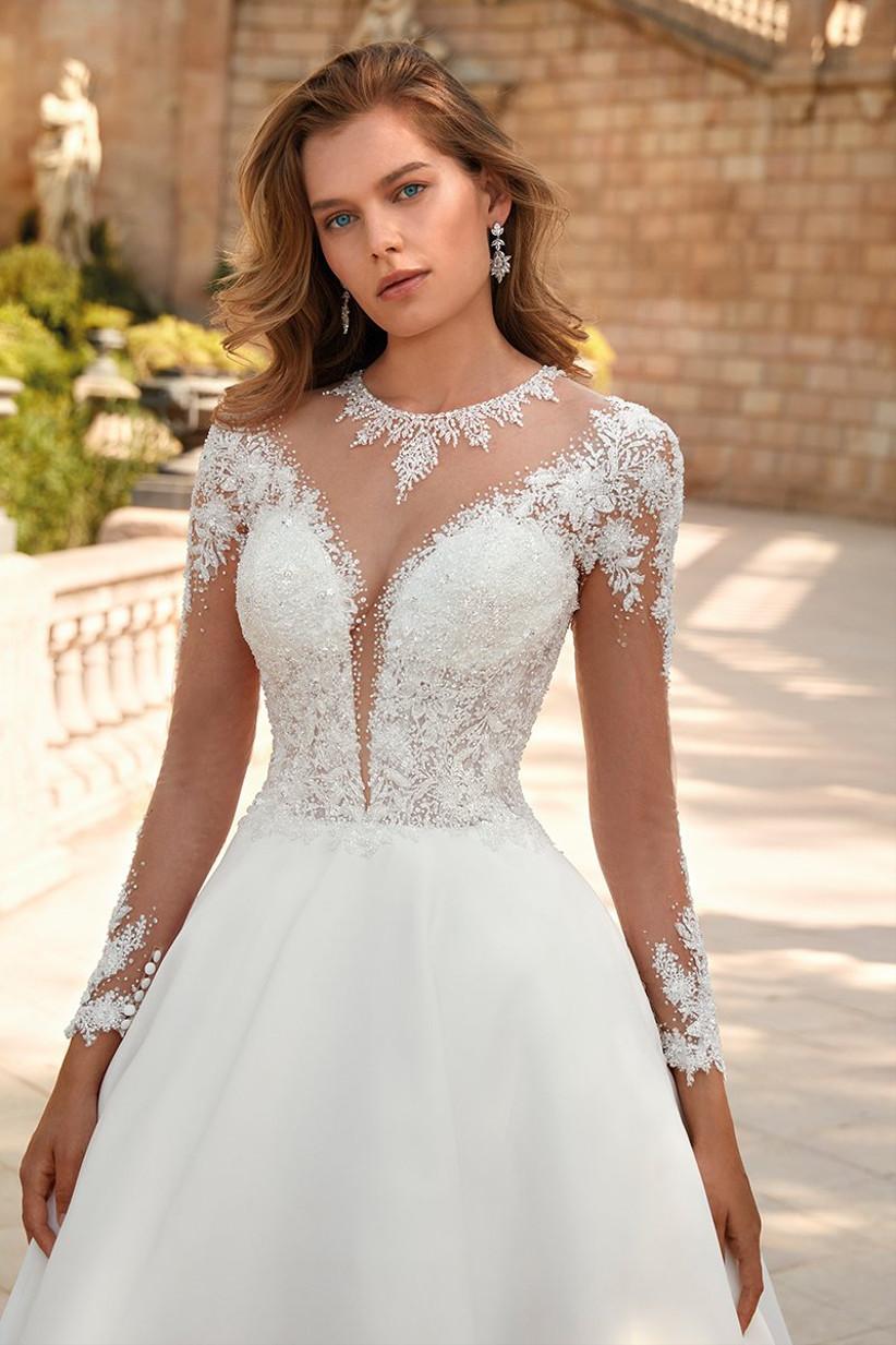 Vestido de novia Demetrios 2022 con transparencias y efecto tatuaje o tattoo lace