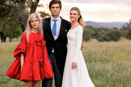 Copy look: ¿te ha gustado el vestido de invitada babydoll de Isabella Ruiz de Rato? ¡Encuentra opciones similares!