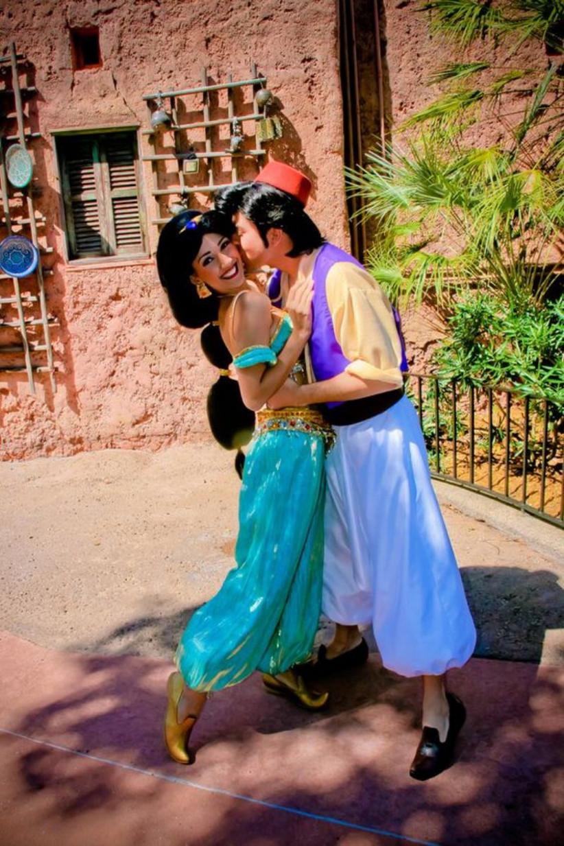 Disfraz de Halloween para parejas de Aladdin y Jasmine para los amantes de Disney