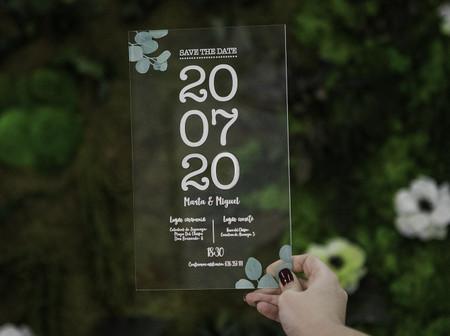Invitaciones de boda en metacrilato: lo último en papelería nupcial