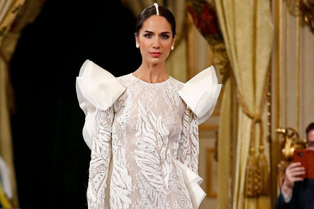 Vestidos de novia Alicia Rueda 2020: feminidad 100%