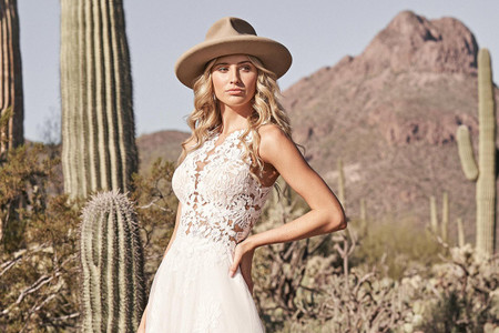 Vestidos de novia Lillian West 2021: para mujeres aventureras