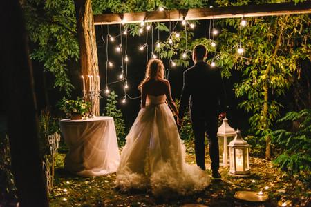 Planificar una noche de bodas mágica