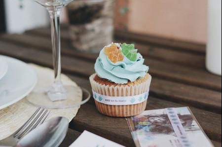 Detalles de boda de URDA Spain: ¡ayudar es muy fácil!