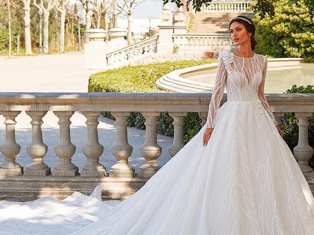 75 vestidos de novia con escote ilusión. ¡Encuentra el tuyo!
