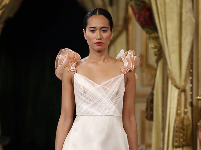 ¡Enamórate de los vestidos de novia 2020 de Cristina Piña!