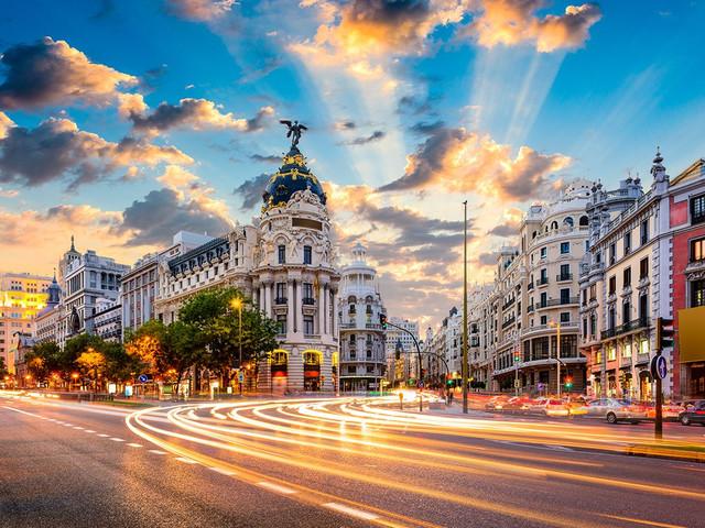 10 planes inolvidables para vivir una luna de miel única (o una escapada romántica) en Madrid