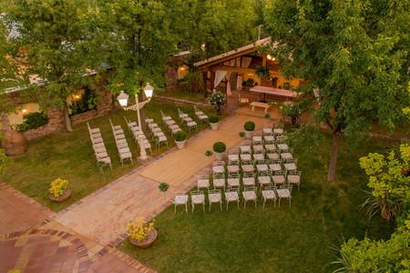 ¿Queréis que la vuestra sea una boda campestre, llena de encanto y 100% personalizada?