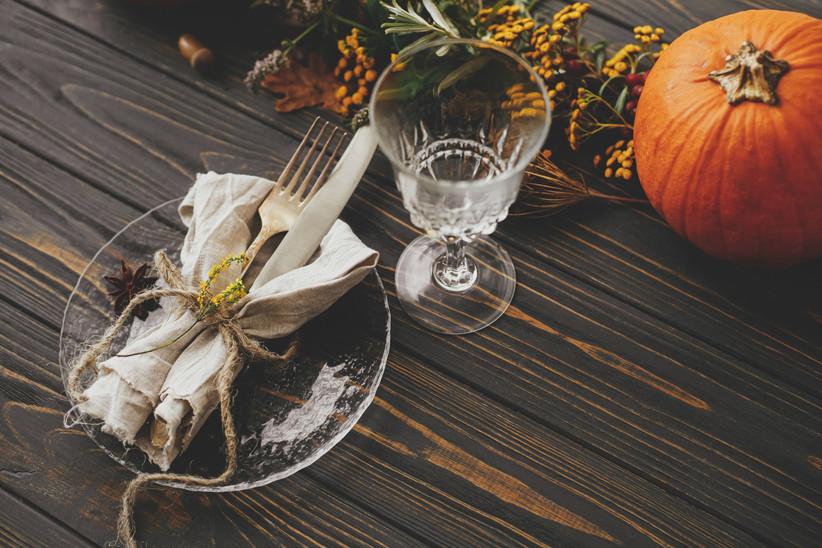 Decoraciones para Halloween el día de la boda: mesas del banquete