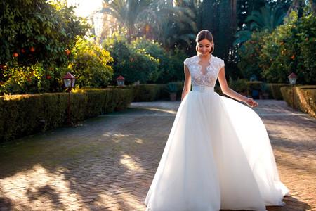 Vestidos de novia Valerio Luna 2021: elegancia y naturalidad
