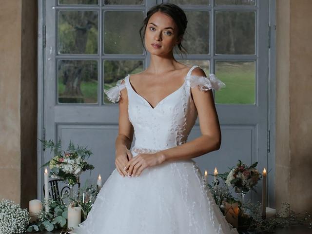 Vestidos de novia Cymbeline 2020: detalles llenos de magia