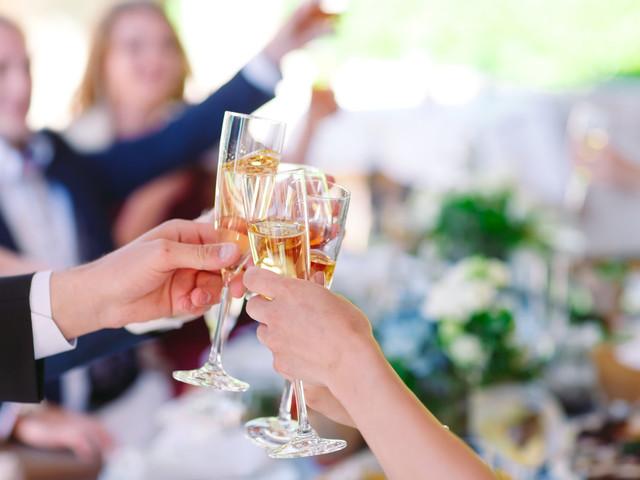 Cómo asegurar que los invitados borrachos lleguen a casa