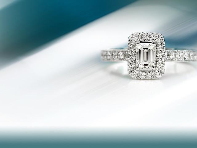 ¿No te acaba de convencer tu anillo de compromiso? ¡Tranquila!