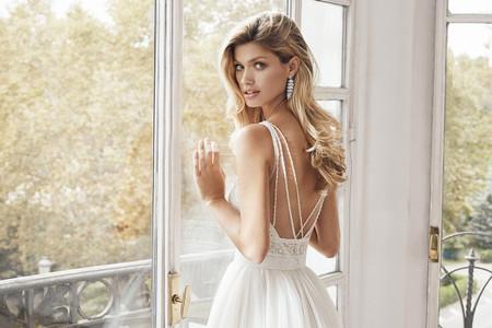 55 escotes de espalda que te encantarán para tu vestido
