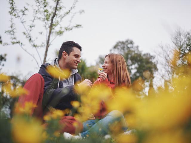 Las 10 mejores ideas para celebrar el último aniversario de pareja antes de la boda