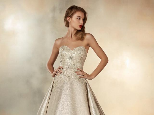 Vestidos de novia con destellos dorados