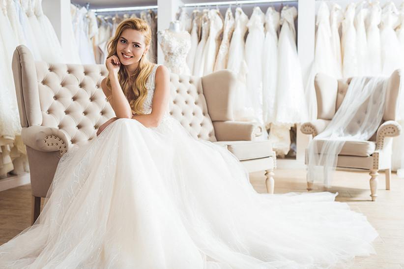 685013311f2 Algunas novias prefieren invertir el importante desembolso económico que  supone comprar el vestido de novia en otras cosas, como el banquete o el  viaje de ...