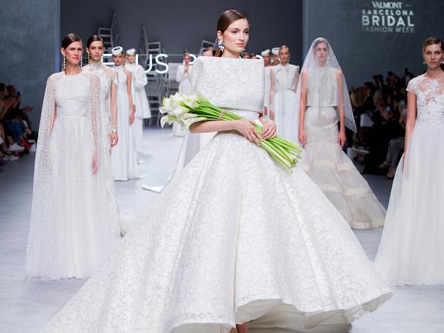 Los vestidos de novia Jesús Peiró 2020 reinventan los diseños clásicos