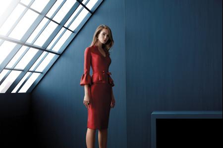 Más de 50 vestidos de fiesta de largo 'midi': elegancia y originalidad