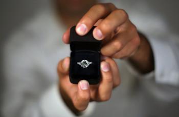 ¡Morid de amor con estas 3 románticas pedidas de mano durante el confinamiento!
