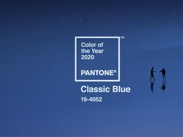 Llenad vuestra boda de 'Classic Blue', el Color del Año 2020