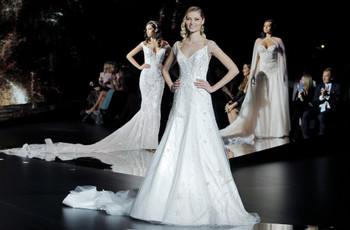Atelier Pronovias 2020: vestidos de novia de inspiración cósmica
