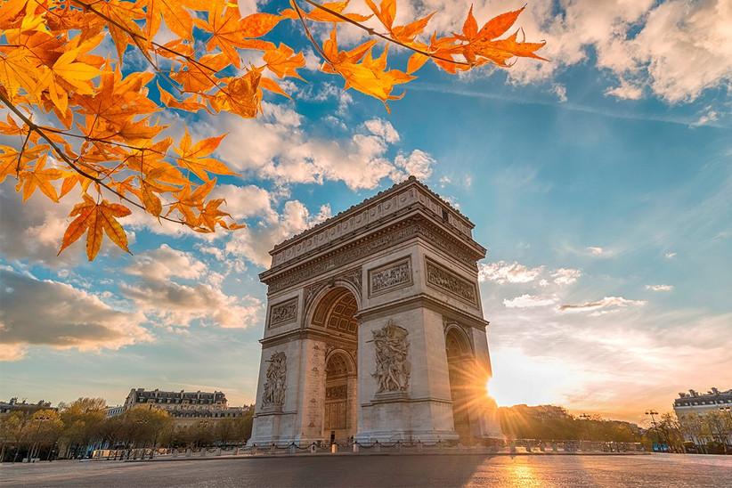 Luna de miel o escapada romántica antes de la boda en París: Arco de Triumfo