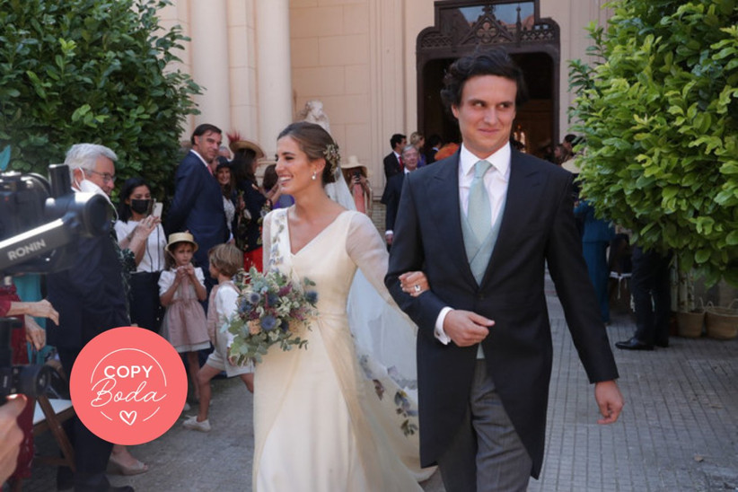 Foto de la boda de María Corsini y Diego Osorio a su salida de la ceremonia