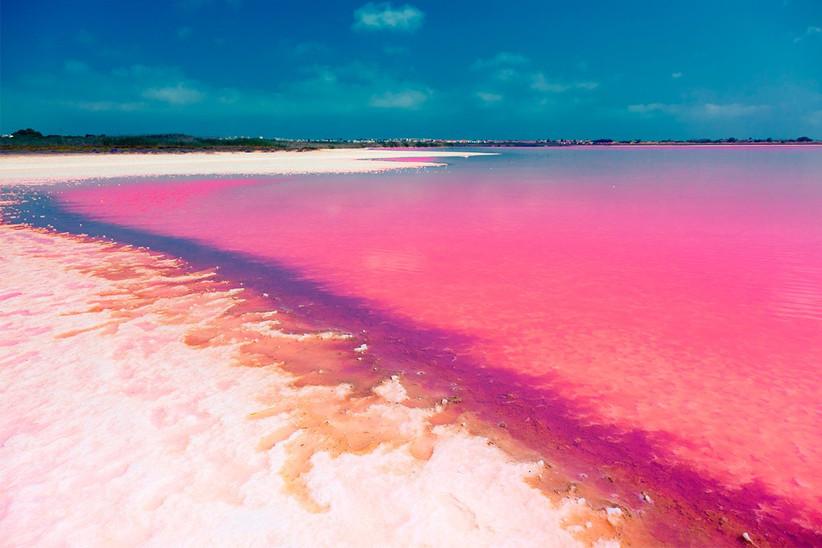 Laguna rosa en Torrevieja, en la Costa Blanca