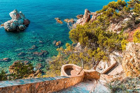 Luna de miel en Cataluña: 4 planes muy románticos
