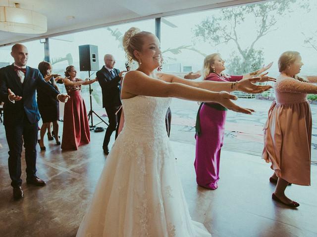 5 coreografías para sorprender a los invitados con un divertido 'flashmob'... ¡respetando la distancia social!