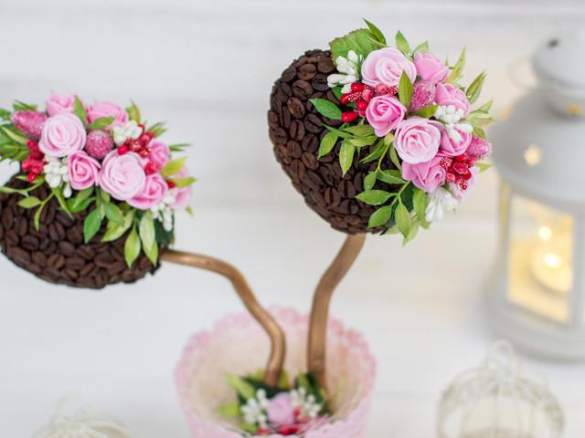 Topiario con flores de tela o papel