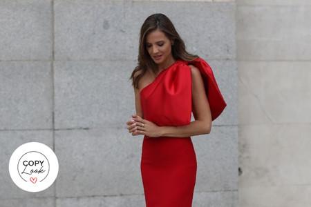 Copy look: Lady Addict te muestra cómo lucir con estilo un escote asimétrico con lazada